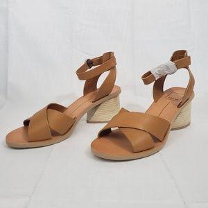Dolce Vita Women's Roman Heeled Sandal Size 7.5